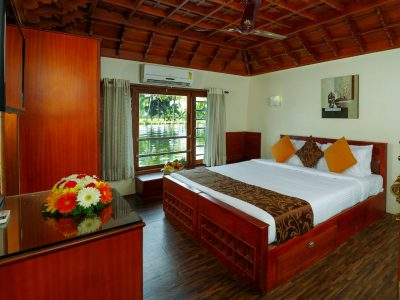 Premium Houseboat alleppey